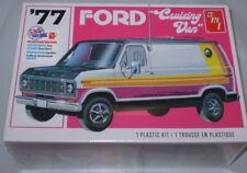 AMT 1977 Ford Cruising Van 1:25 scale model car kit AMT1108M/12 New Nib