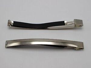 Un Argent Finition Miroir Ovale Metal Barrette Pince à cheveux