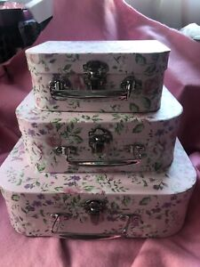 Pretty Shabby Chic Set 3 Pink Flowered Storage Suitcases