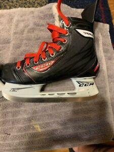 CCM RBZ Senior Hockey Skates Size 7D