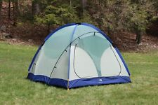North Face Foundation 44 Tent 4 Person Very Good