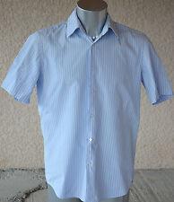 HUGO BOSS - Adorable camisa azul mangas tamaño corto 39 - EXCELENTE ESTADO