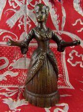 ancienne cloche epoque XVIII clochette de table bronze ciselée marquise