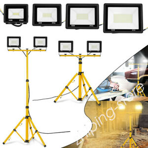 ⭐⭐2x LED Floodlight Outdoor IP66 Garden Security Lamp with Tripod Stand ZE