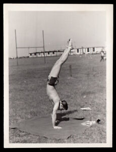 HOT RIPPED GYMNAST ARMY MAN BALANCES BAREFOOT in GRASS ~ 1940s VINTAGE PHOTO gay