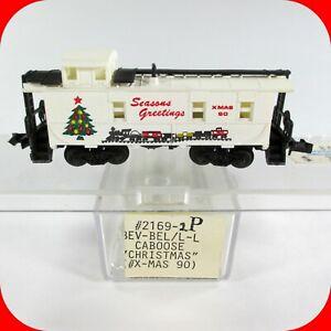 N Scale MERRY CHRISTMAS / SEASONS GREETINGS / HOLIDAY Caboose Car 1990 - Bev-Bel