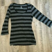 The North Face Womens XS Black Striped 3/4 Sleeve Shirt  Roll Tab Sleeve