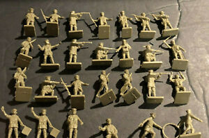 (33) VINTAGE AIRFIX FIGURES  HO 00 1:72 SCALE 1'in. WWI BRITISH/FRENCH INFANTRY