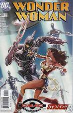 DC Comics 1987 Series WONDER WOMAN #221 Near Mint NM Justice League Bag & Board