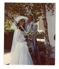 Vintage 1980 Photo Pretty Bride & Groom Wedding May18