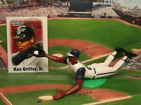 2000 KEN GRIFFEY JR. Starting Lineup (SLU) Baseball Figure & Card - MARINERS