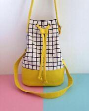 Bucket bag in silkscreen canvas