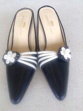 Women's Balenciaga Vintage Leather Shoes- 38 (7)