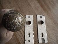 Eastlake ? Antique Door Knob & 2 key Plates Ornate Victorian Very worn Salvaged