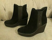 **** NEW CALVIN KLEIN SHANNA BLACK SUEDE WEDGE HEEL ANKLE BOOTS SIZE UK 6 ****