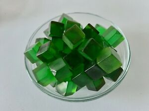 50 Bakelite15mm Clear Green Dice Cubes 227g Uncleaned