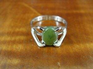 Green Stone Band Size 4 Sterling Silver 925 Ring