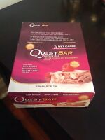 2019 Quest Nutrition Protein Bars 12 Pack - White Chocolate Raspberry, Grenade