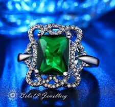 Classical Emerald/Green Large Cubic Zirconia Cushion Cut Ring/White gold/RGR082
