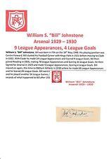 BILL JOHNSTONE ARSENAL 1929-1930 VERY RARE ORIGINAL HAND SIGNED CUTTING/CARD