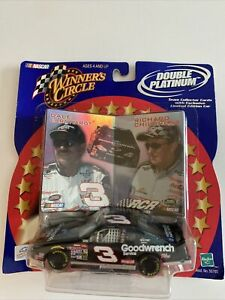 Dale Earnhardt 2001 Winner's Circle Double Platinum Limited Edition 1:43 Scale