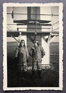 Foto Flugplatz 1941 gefallen 1944 Rügen 9 X 6 cm