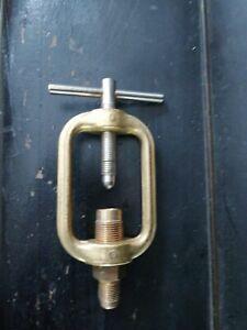 Staffa x manometro acetilene ossigeno gas propano morsa blocco bombola