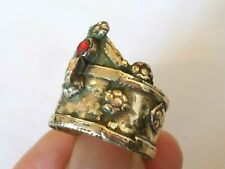 GENUINE,DETECTOR FIND&POLISHED,POST MEDIEVAL SILVER RING WITH GLASS/STONES.