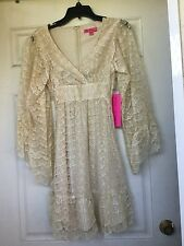 NWT, RETAIL $80, Betsey Johnson Gold Ivory Women's Size 2 Sheath Lace Dress