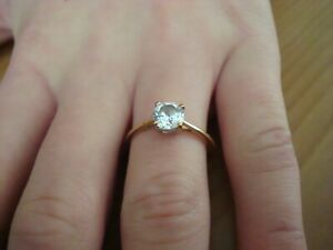 STUNNING 1CT SOLITAIRE 18CT YELLOW GOLD RING SIZE P  -  'BEAUTIFUL'