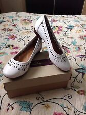 Clarks Women Henderson Hot White Leather Size Uk6E(wide Fit), Eu39,5 Rrp £55.New