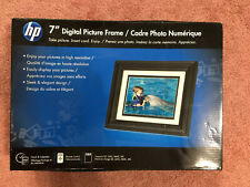 HP Digital Picture Frame With Remote DF730