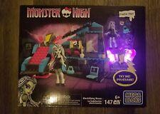 Monster High ☆FRANKIE STEIN☆ ELECTRIFYING ROOM 147 PCS MEGA BLOKS NIB!