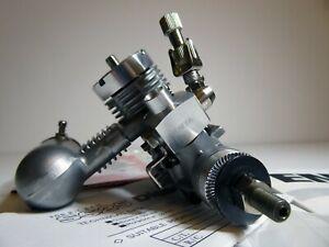 RARE - Enya 25SS BB Diesel Model Aircraft Engine R/C Twin Needle Throttle *New*