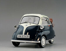 1:18 Revell 1955  BMW Isetta 250 Die Cast Model Green