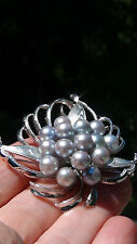 LUSTROUS GENUINE SALTWATER BLUE AND GRAY 15 ROUND PEARLS STERLING SILVER BROOSH