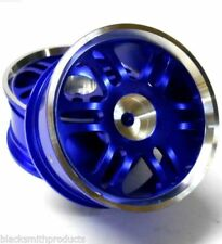 Neumáticos, llantas y bujes de color principal azul para vehículos de radiocontrol 1:10