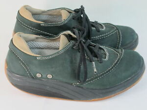 MBT Leather Toning Fitness Shoes Women's Size 7.5 M US Near Mint Condition