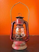 Vintage Lantern DIETZ COMET H9 kerosene RED small Barn Oil Lamp Light Globe camp