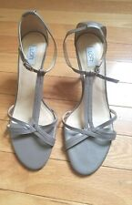 Ann Taylor LOFT womens sandals 8 ankle strap shoes heel Taupe leather thin strap
