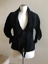 New without Tags ISSEY MIYAKE Black Pleated Wave Short Jacket Coat, Size 2