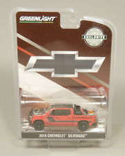 Greenlight 1:64 2019 Chevrolet Silverado Diecast model car