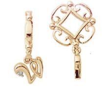 Storywheels - Alphabet Y222D Gold Wheel/Initial W Dangle charm w/ 1 Diamond