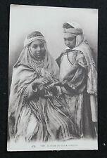 CPA Afrique femmes arabes Diseuse de bonne aventure tradition