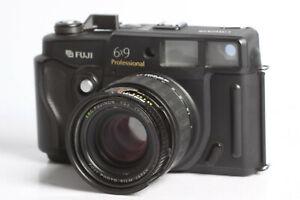 Fuji GW690 III mit EBC Fujinon 3,5/90 , Texas Leica mit Schönheitsfehler
