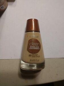 Clean Liquid Foundation - # 125 Buff Beige by CoverGirl for Women - 1 oz