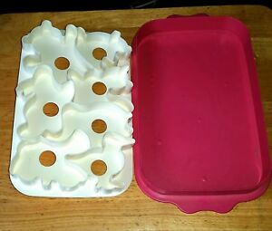 Tupperware Jell-O Jigglers Animal Mold Cookie Cutters Hot Pink White 7 Animals