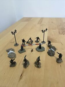 Forces Of Valor 1:72 US & German Infantry Figures And Accessories