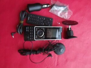SIRIUS Stiletto 100 Portable Satellite Radio W/Car Kit LIFETIME  SUBSCRIPTION