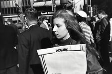Garry WINOGRAND:  Women Are Beautiful c. 1970 / Silver Print / SIGNED / GW49